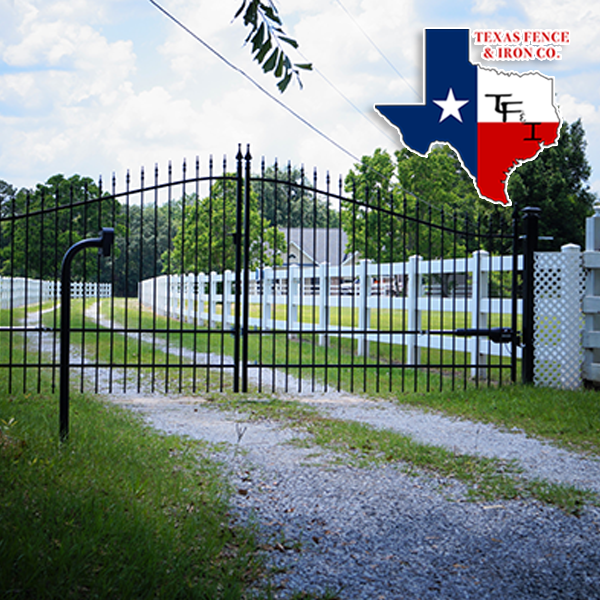 Driveway Gate Designs That Are Always In Style